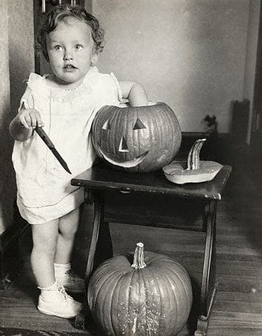 Friday Flashback – Starting Pumpkin Carving Early