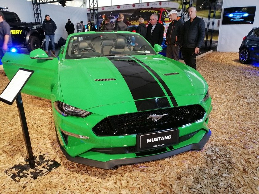 Green Ford Mustang